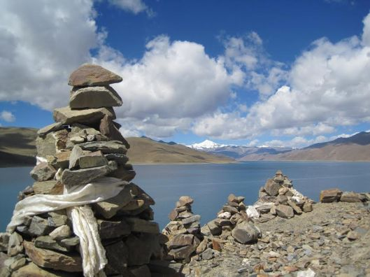 """Wandering re-establishes the original harmony which once existed between man and the universe.""  (Anatole France) Photo of Yamdrok Lake, Tibet"
